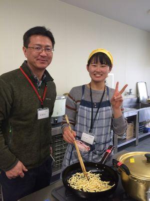 香川大学の原先生と橋本さん.jpg